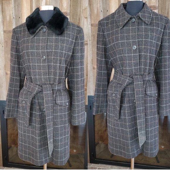Burberry Windowpane Plaid Coat Faux fur Collar 10